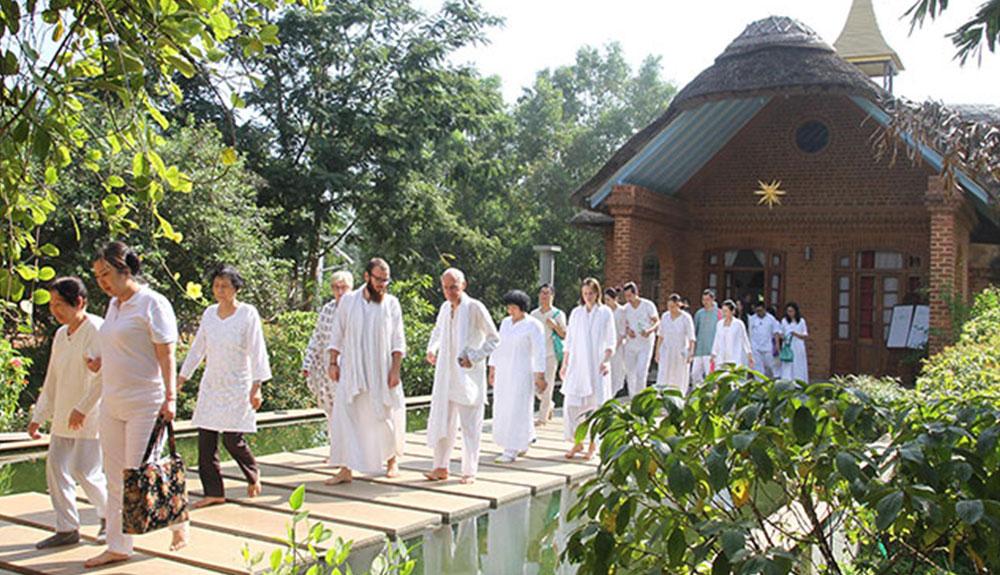 Satsang Hall Sri Vast Center