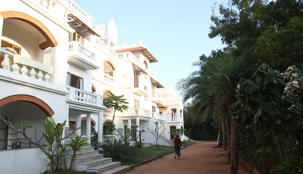 Srivast center accommodation guesthouse
