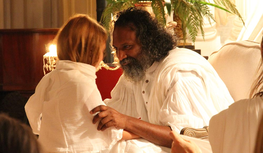 Blessings-by-the-Master-Guruji-Sri-Vast-on-Satsang-Tour