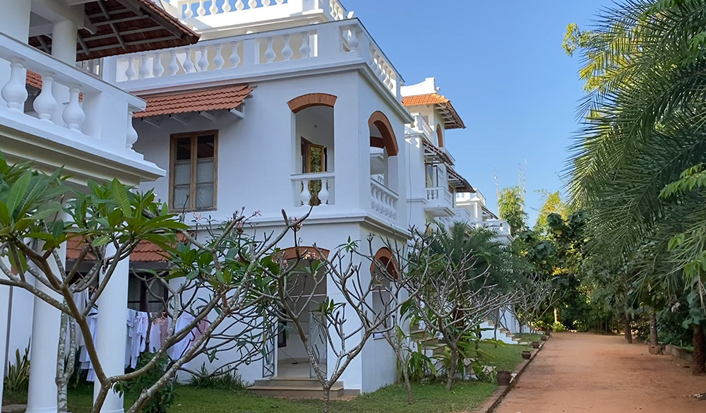 accommodation-building-apartments-dhyana-sangha