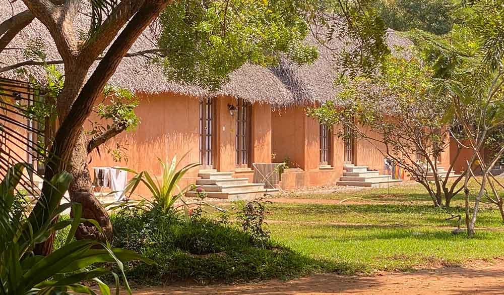 accommodation-buildings-dhyana-sangha