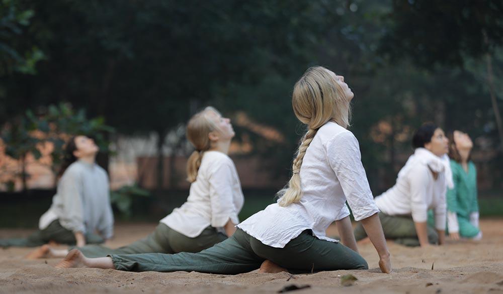 inner-yoga-practice-in-the-sand