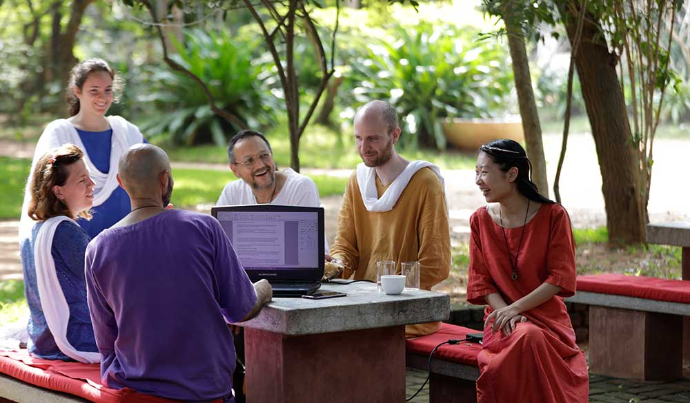 study-group-in-dhyana-sangha