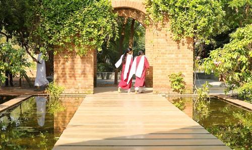 srivast ashram in india